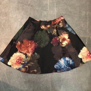 Club Monaco floral mini skirt
